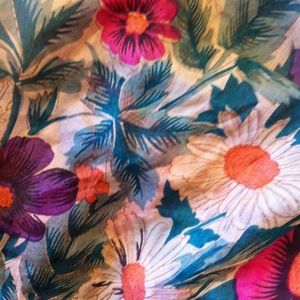 Accessories - 100% Silk Scarf Floral Pattern